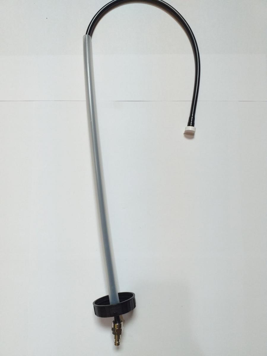 hadička plastová s víčkem do nádrže kpl.