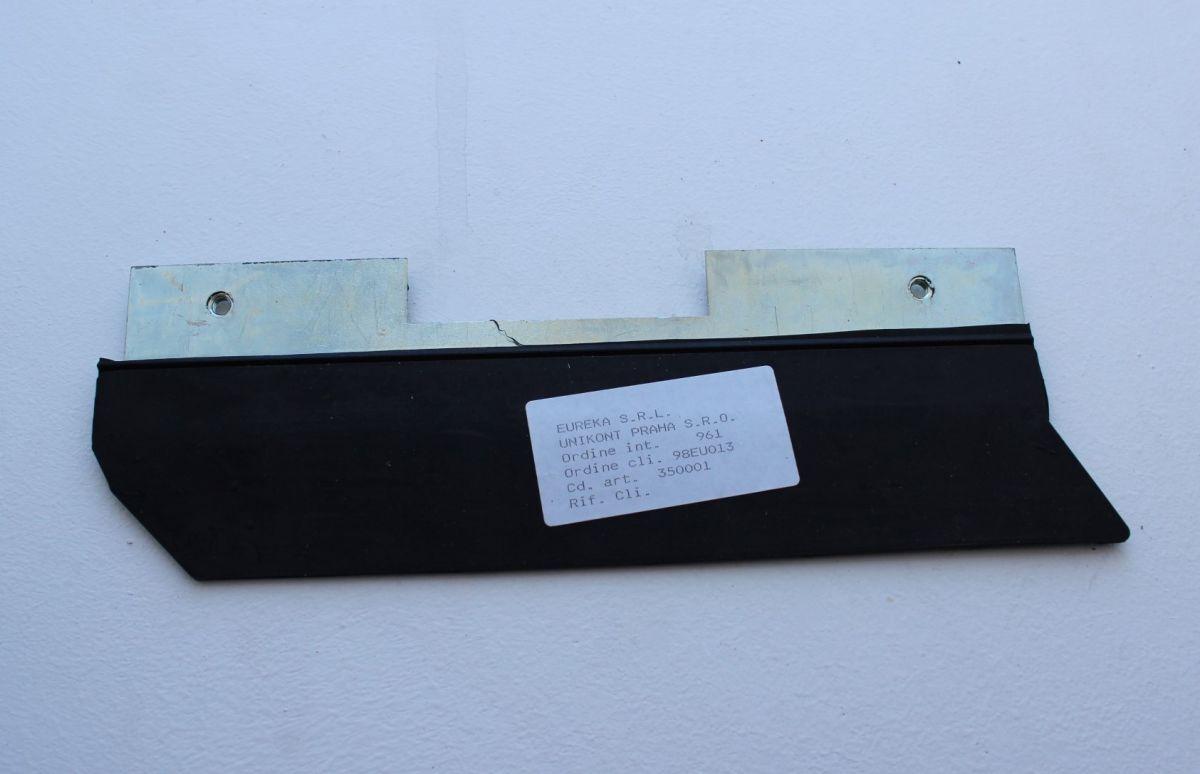 boční krycí guma s držákem, pro E 500