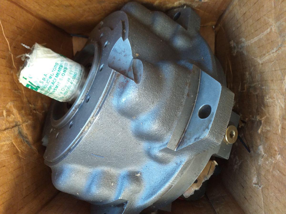 převodovka pojezdového motoru, pro ECO 100