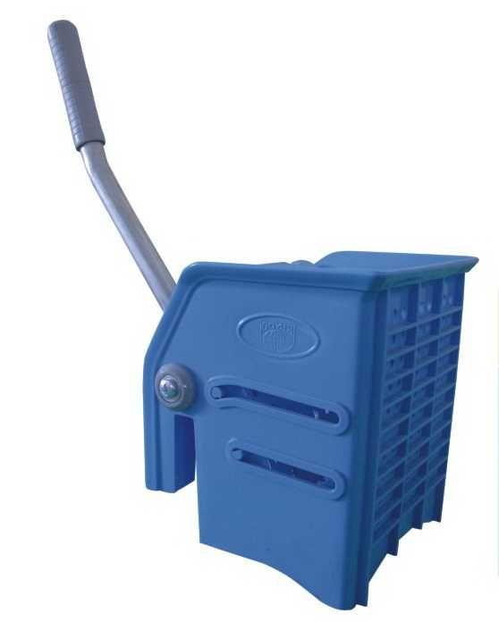 ždímač plastový na třásňový mop, modrý