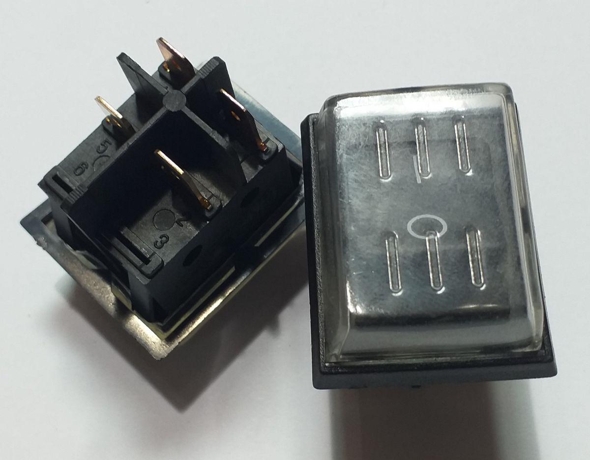 vypínač